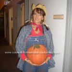 rp_coolest-homemade-pregnant-pumpkin-farmer-halloween-costume-18-21306689.jpg